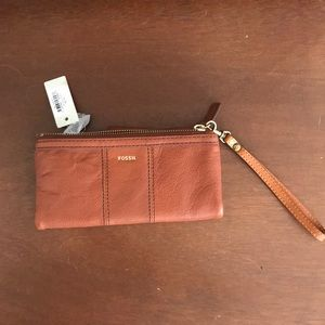Brown Leather Fossil Wristlet
